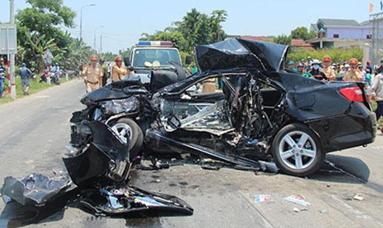 Gây tai nạn giao thông dẫn đến chết người bị phạt bao nhiêu năm tù?