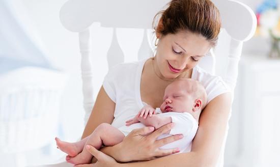 Hồ sơ xin hưởng chế độ thai sản cho lao động nữ mới nhất